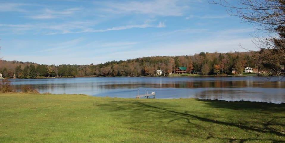 Elk Mountain Estate Historic Lake Lodge sleeps 20