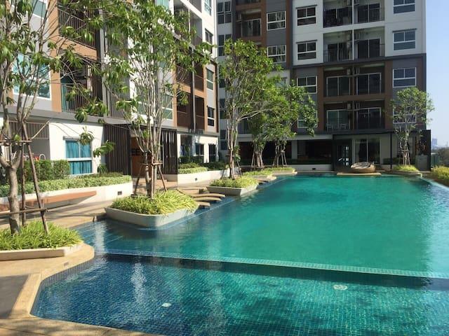 New room/pool/Chatuchak market - Nonthaburi - Apartemen