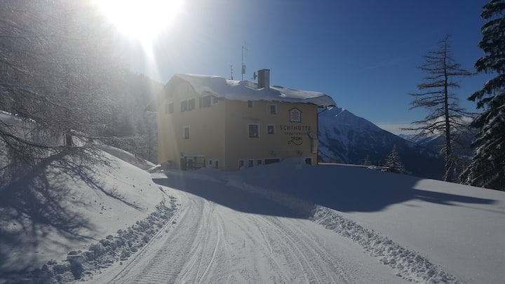 Skihuette Zams Tirol