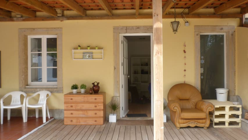 Cosy home with garden, 5min beach - Estoril - House