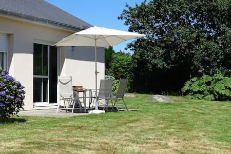 Côte de granit rose, mer et campagne - Lannion - 獨棟