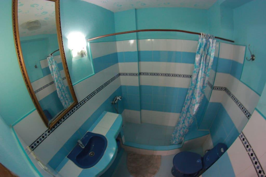 Baño Habitación 53