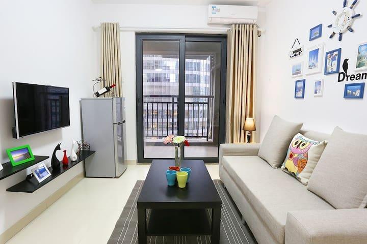 怡兰之家6号公馆(近地铁、世界之窗、科技园、锦绣中华、欢乐谷 温馨两居室) - Shenzhen