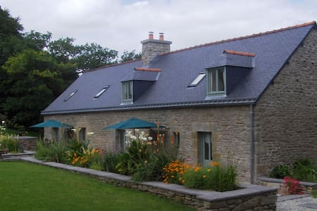 Peaceful Rural Cottage sleeps 4/6 - Malguénac