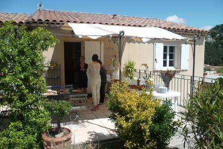 villa au coeur des calanques - Marseille - Villa