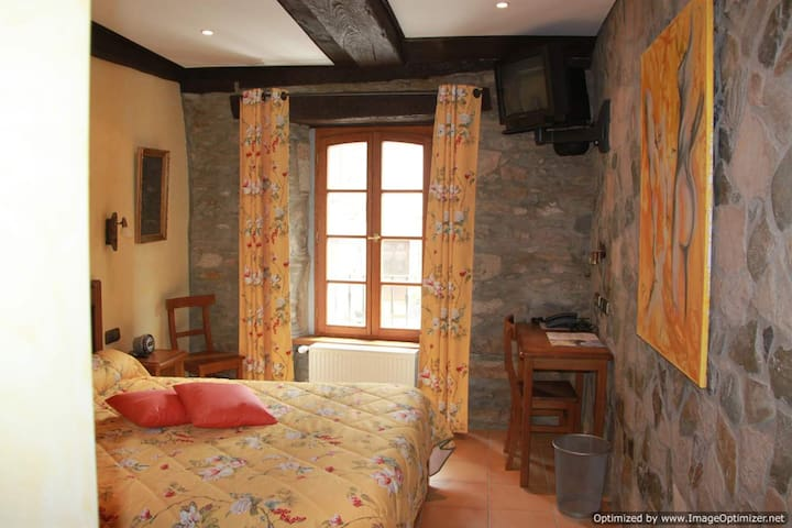 Hostellerie Les Magnolias - Plaisance - Bed & Breakfast