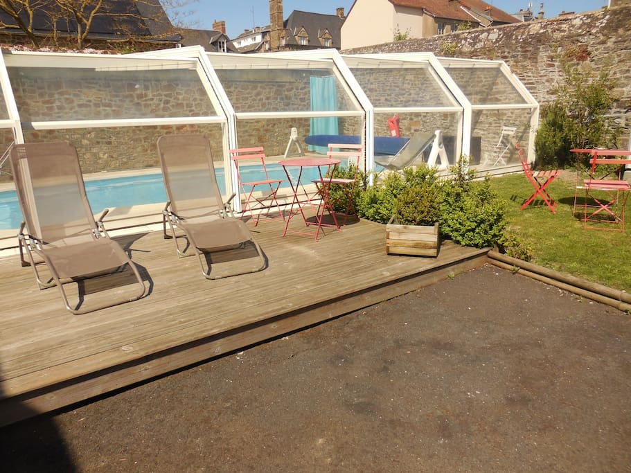 G te baie du mont st michel houses for rent in pontorson for Au jardin st michel pontorson france