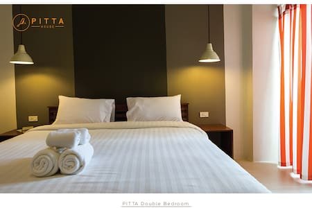 Pitta Double Bed bedroom - Pak Nam