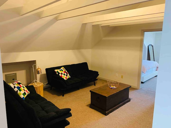 Casa Buena Aventura 2nd Floor Apt