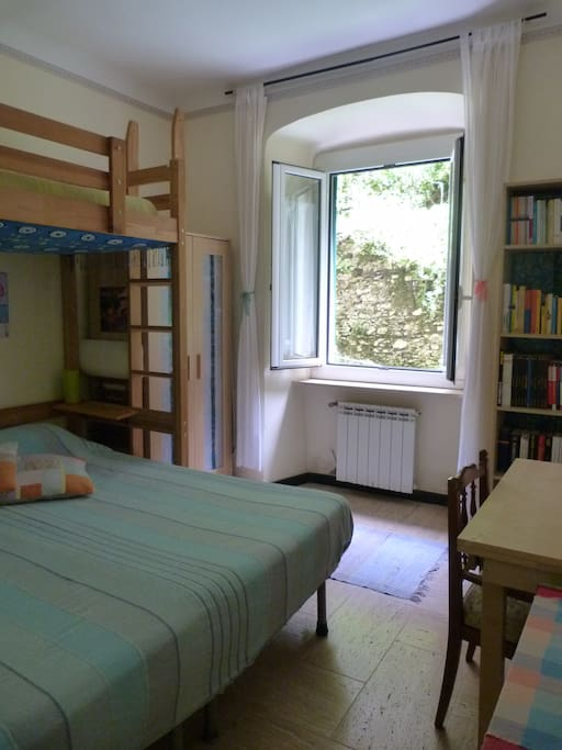 room, stanza in affitto