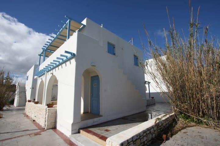 Rent Apartment in Ampelas - Ampelas - Flat