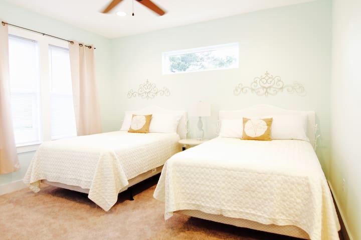 Bedroom 2,  2nd floor, tv, Jack and Jill bathroom