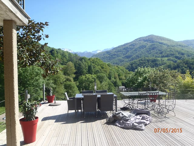 House in front mountains - Castillon-en-Couserans - Rumah