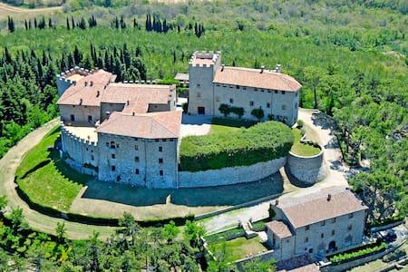 Castello di Montegiove, La Casetta