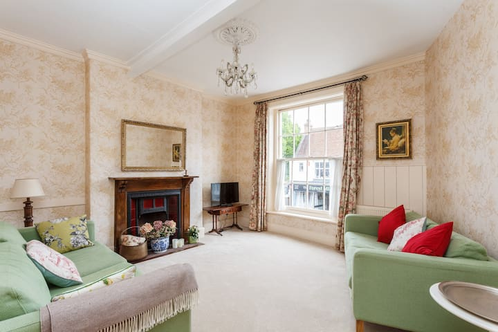 Beautiful Character apartment   - Lymington - Lejlighed