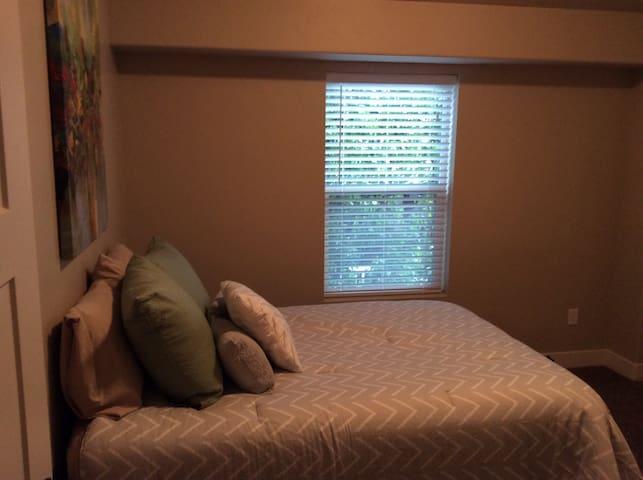 Private bedroom/Private bath - Bountiful - 一軒家