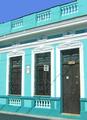 Hostal Casa Verde 3709 - Cienfuegos - House