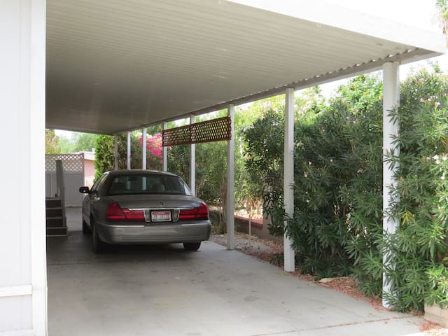 Covered car port