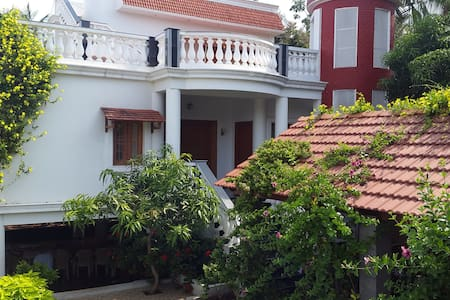 JPR VILLA with private swimming pool - Puducherry - Huvila