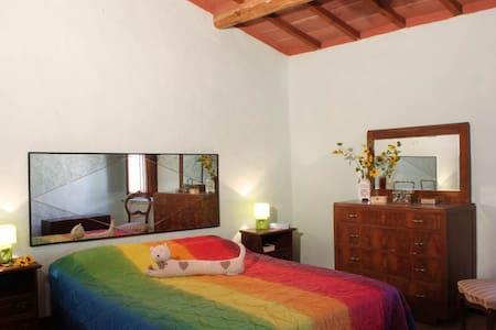 Rainbow Room - Under the Tuscan Sun - Colle Ciupi - Дом