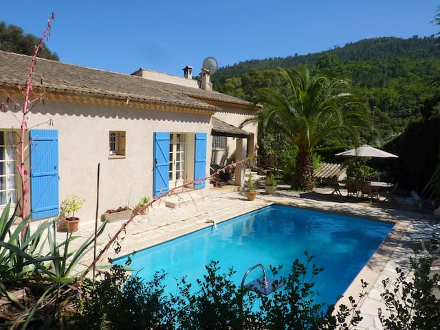 Three bedroomed apartment with private heated pool - Les Adrets-de-l'Estérel - Apartment