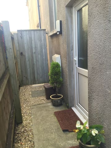 One bed flat Cardiff city centre - Rumney - Apartemen