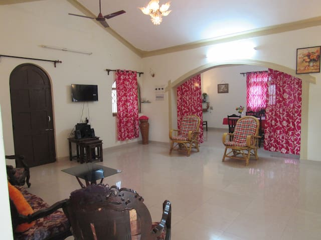 Cozy and clean homely 2BHK near to Majorda beach