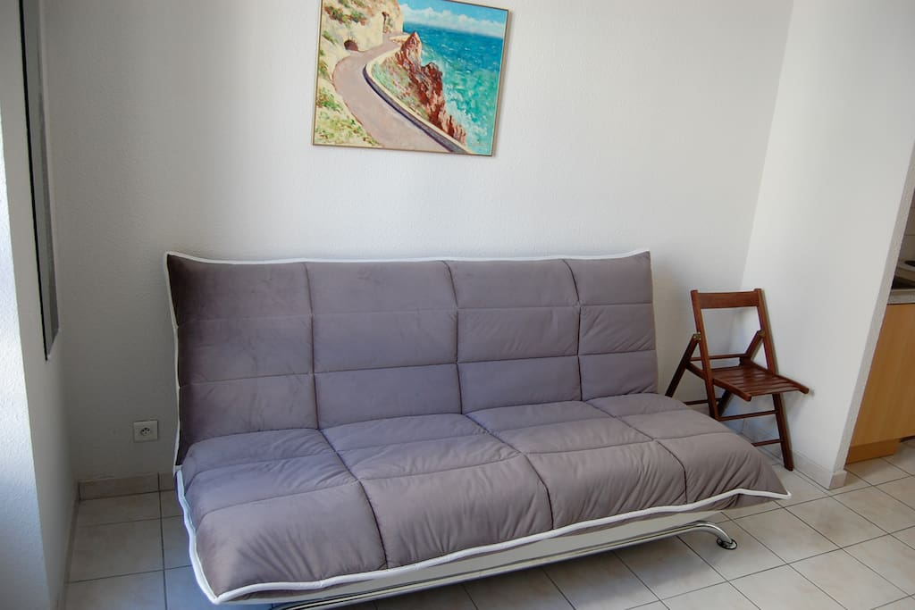 Sofa which converts into a comfortable bed (Bultex quality mattress)