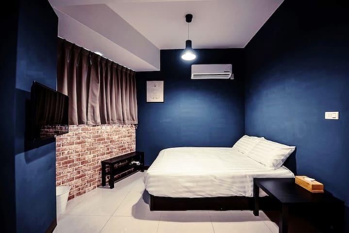 Sunny Blue x 陽光藍精緻雙人房 - 新竹市 - House