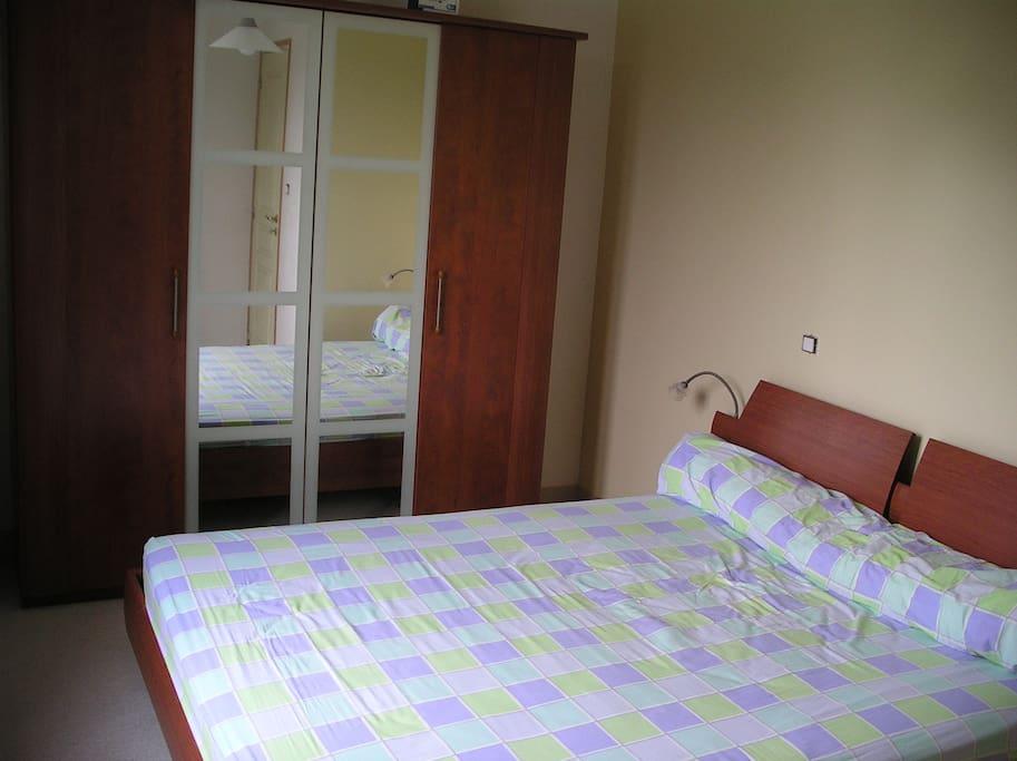 Premiere chambre - Lit 160/200