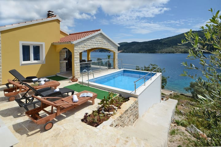 Beautifull NEW* Villa in Sokolic - Vela Luka - Talo