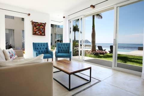 Beachfront Flat, Clara Vista #5, La Manzanilla