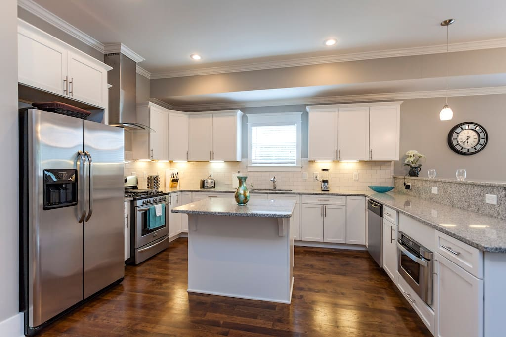 This kitchen has all the utensils you need for a great meal. Free coffee provided also!