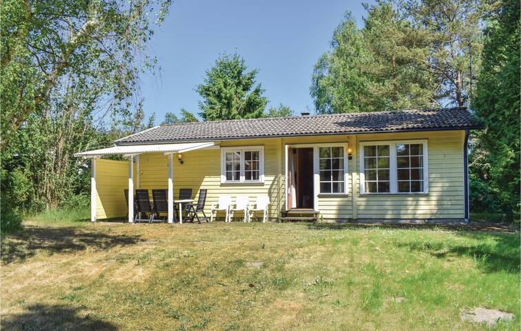 Holiday cottage with 3 bedrooms on 70m² in Löderup