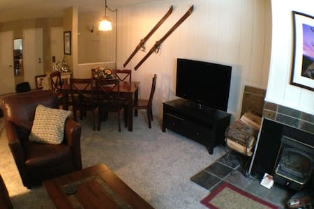 Large 1 BR/2BA near village - price incl. taxes! - Mammoth Lakes - Wohnung
