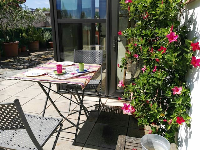 Wonderful rooftop in old town heart - Banyoles - Apartmen
