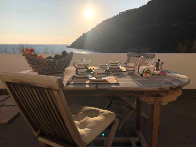 """""""Il Sassolino"""" sulla spiaggia Super Relax"""
