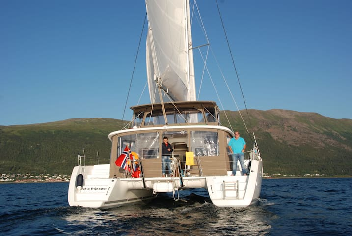 ARCTIC PRINCESS Sailing Catamaran