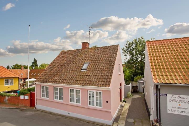 Central Svaneke, Bornholm! - Svaneke - Casa
