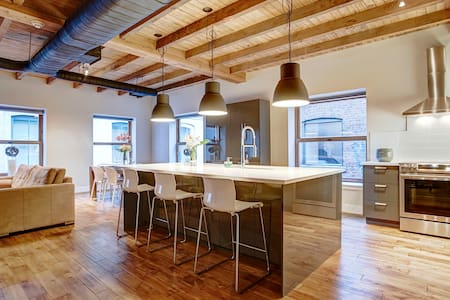 Brand New - Grand Master Loft in Old Montreal - Montréal - Huoneisto