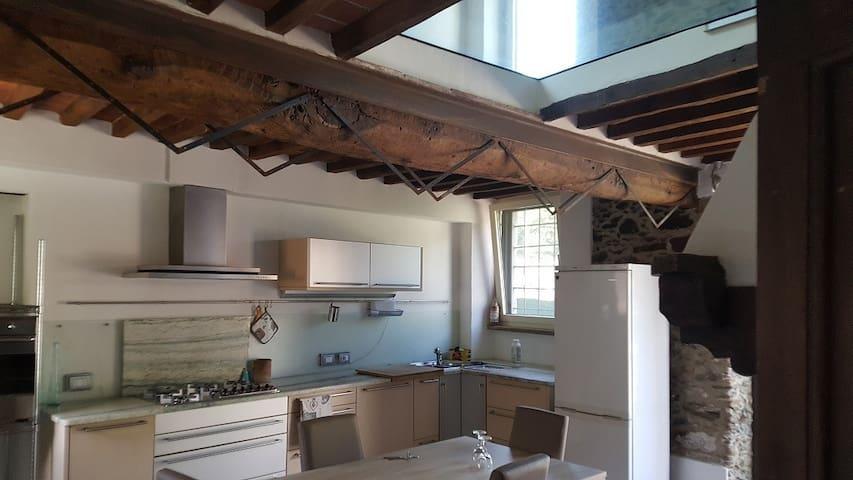 RUSTIC STONE HOUSE - Pietrasanta - Villa