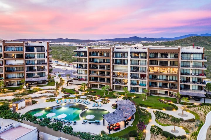 Top Rated! Luxury 5* Resort, Golf & Privacy at Copala