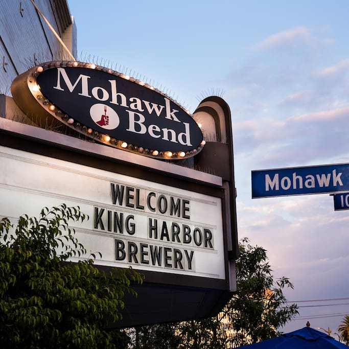 Photo of Mohawk Bend in Echo Park