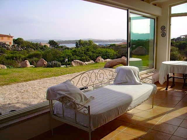 Villa Taphros: your romantic and quiet escape - La Maddalena - House