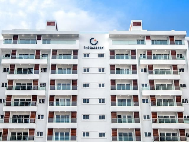 Luxury 2 bed Fully Furnished Apt: Gym, Pool, Yoga - Accra - Appartement