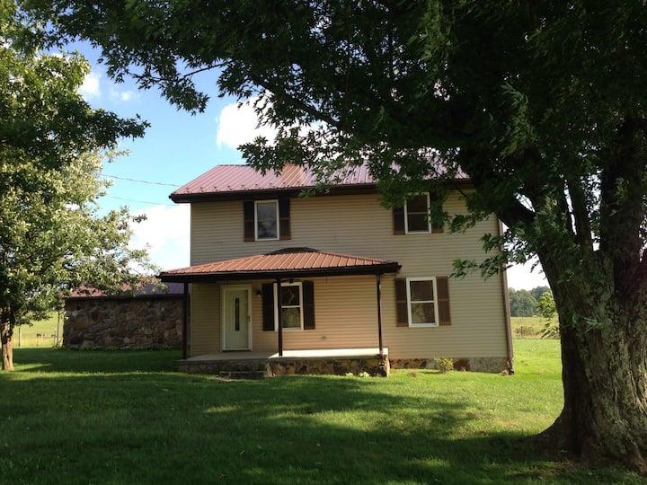 New River Gorge Farmhouse