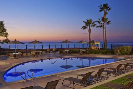 Ocean View resort 1 bdrm / 1 bath