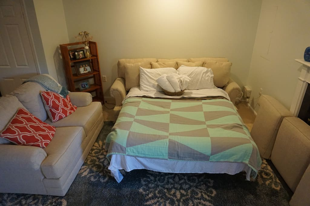 Super comfortable sofa bed and newly painted walls. Guests have stated how comfortable the bed is!  (updated 5/18)