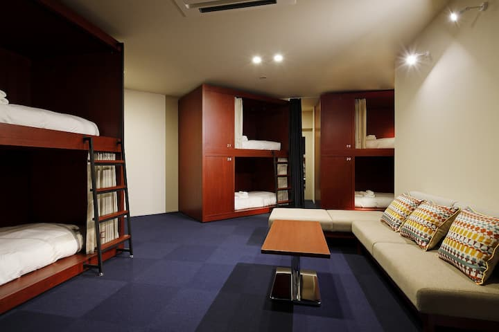 3mins->Suehirocho/1 bed in Female Dorm