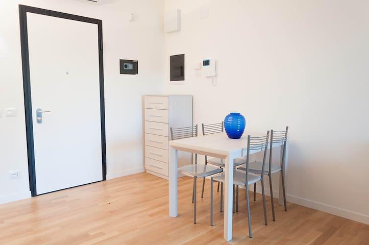 Studio Flat Generosa - Rome - Appartement